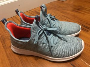 Adidas 6 1/2 size womens for Sale in Miami, FL