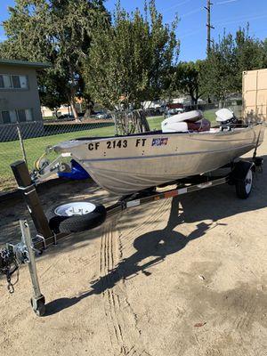 14 Foot Aluminum Boat for Sale in Redlands, CA