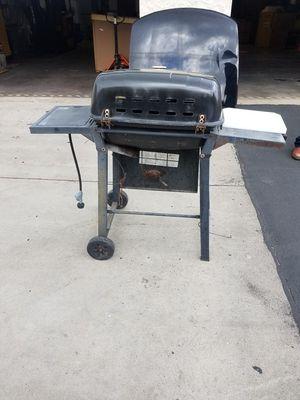 Gas bbq grill for Sale in Chula Vista, CA
