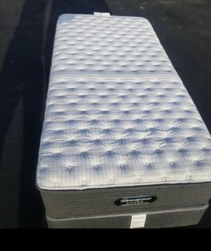 beauty Rest Silver Twin Extra firm Mattres and Box spring for Sale in Ontario, CA