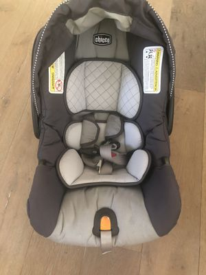 Chicco infant car seat for Sale in Los Angeles, CA