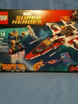Lego Super Heroes Avenjet Space Mission 523 piece Set for Sale in San Antonio,  TX