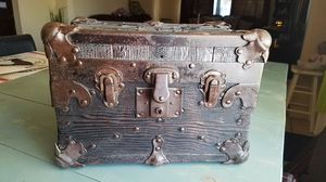Very nice vintage sampler trunk from the early 1900's for Sale for sale  Mesa, AZ