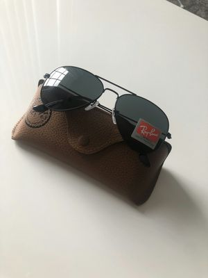 Authentic New RayBan Aviator Sunglasses for Sale in Miami, FL