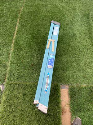 4ft fiberglass ladder for Sale in Oceanside, CA