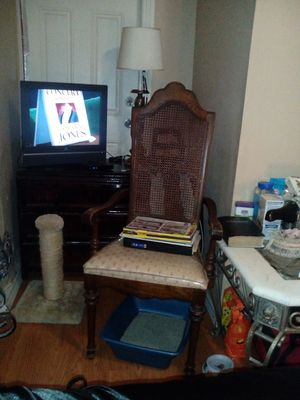 Antique chair for Sale in Miami, FL