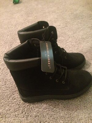 Woman's boots size 10 for Sale in Columbus, OH