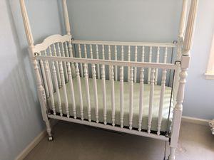 Full size baby crib for Sale in Acworth, GA