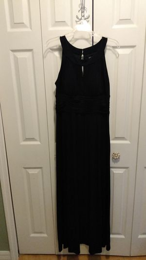 Black long gown for Sale in Orlando, FL