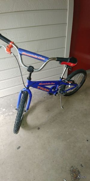 Bike, trek mountain lion for Sale in Dallas, TX