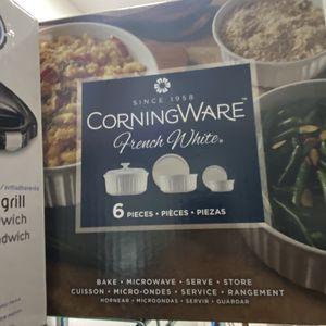 CorningWare French White 6 piece round set for Sale in Seattle, WA