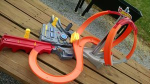 Hot wheels race track for Sale in Linden, PA