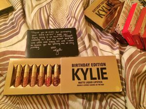 Kylie Jenner Birthday Special Limited Edition Release Mini Matte Lipstick Set for Sale in Brooklyn, NY