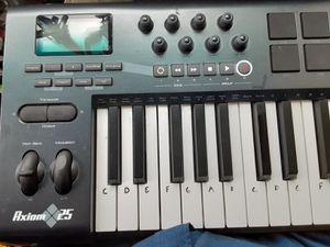 M-AUDIO Axiom25 MIDI Keyboard for Sale in Portland, OR