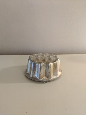 Vintage metal Jell-O mold for Sale in Kirkland, WA