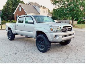 Nothing\Wrong 2009 Toyota Tacoma 4wdWheels for Sale in Hialeah, FL