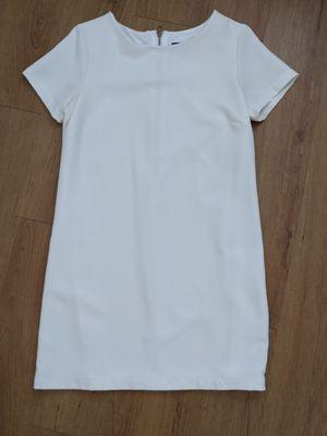 Lulu's women size Small dress- white / wedding for Sale in Phoenix, AZ