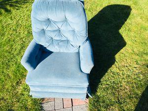La-Z-Boy Recliner Chair for Sale in Portland, OR