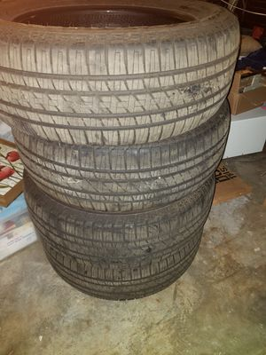 Brand new set of Bridgestone Dueler tires. P275/55R20. Off of a 2019 Tundra with 20 inch rims for Sale in San Antonio, TX
