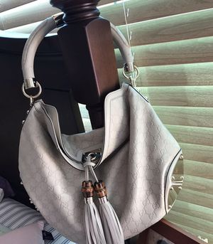 Gucci bag (excellent condition) for Sale in Philadelphia, PA