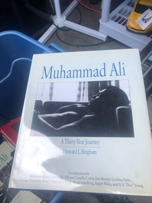 Book Ali for Sale in Miami, FL