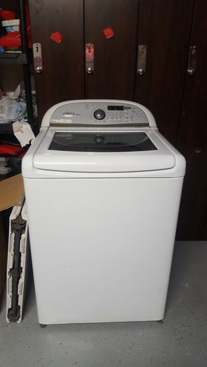 Whirlpool washer for Sale in Laveen Village, AZ