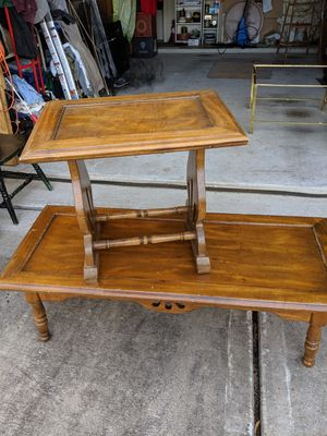 Matching large coffee table and end table set for Sale in Pearland, TX