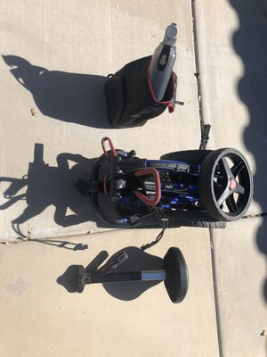 Clicgear 3.0 golf pushcart with lot of accessories for Sale in Waddell, AZ