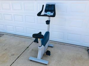 Precor Upright Bike - Cardio - Work Out - Gym Equipment - Training - Exercise for Sale in Downers Grove, IL