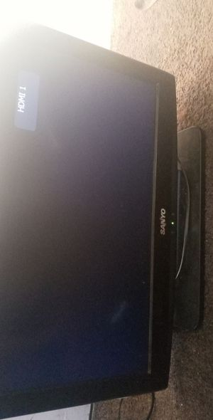 32 inch Sanyo . works great u may test out for Sale in Bakersfield, CA