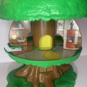 Klorofil French Collectible Tree House for Sale in Phoenix, AZ