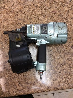 Hitachi nv83a4 3-1/4 coilnailer nail gun for Sale in Oakland Park, FL