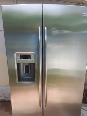 side by side refrigerator stainless steel for Sale in Miramar, FL