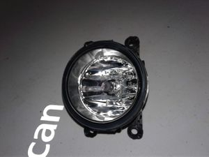 Genuine FORD FOG LAMP ASSEMBLY FRONT for Sale in Phoenix, AZ