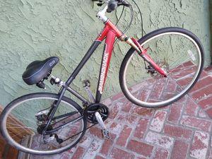 Gorgeous Diamondback Hybrid Road bike front & rear disc brakes w/calipers for Sale in Huntington Beach, CA
