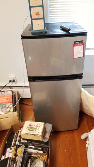 Magic chef big mini refrigerator for Sale in South Dennis, MA