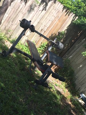 Weight bench with weights for Sale in Miramar, FL