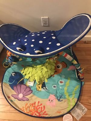 Disney Baby Finding Nemo Mr. Ray Ocean Lights Activity Gym for Sale in New York, NY