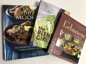 SET OF 3 COOKBOOKS**LIKE NEW for Sale in Fairview Park, OH
