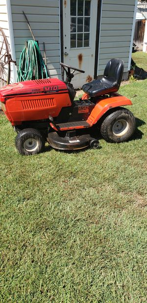 "MTD 42"" riding lawnmower for Sale in Farmville, VA"
