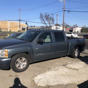 Chevy Silverado Crew Cab for Sale in Woodland, CA