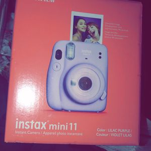 INSTAX mini 11 FUJIFILM for Sale in Antioch, CA