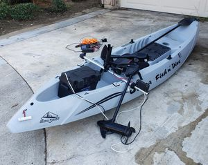 Cobra fish & dive kayak with trolling motor,100A battery and accessories for Sale in Irvine, CA