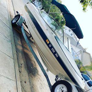 Bayliner Boat Capri 1850lx for Sale in Fresno, CA