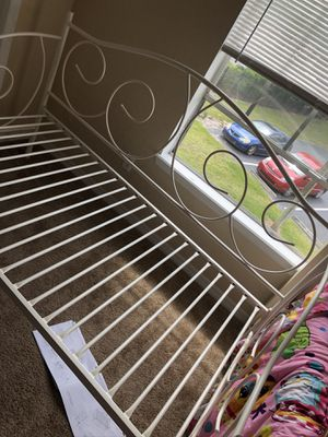 Twin Daybed Frame only for Sale in Orlando, FL