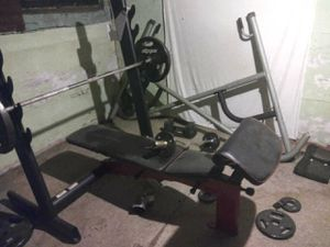 One Power Tower. 1 Olympian weight bench that declines and incline Beast. 310 or 315 lb for Sale in Columbus, OH
