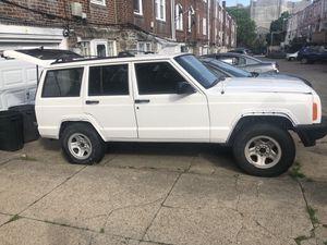 2000 Jeep Cherokee xj for Sale in Philadelphia, PA