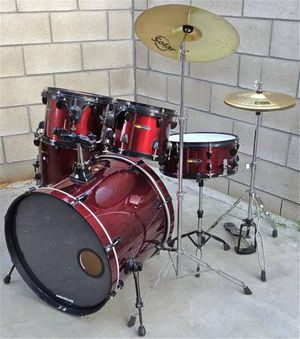PRICE IS FIRM SP Drum Set Red / Black with Cymbals and Hardware for Sale in La Puente, CA