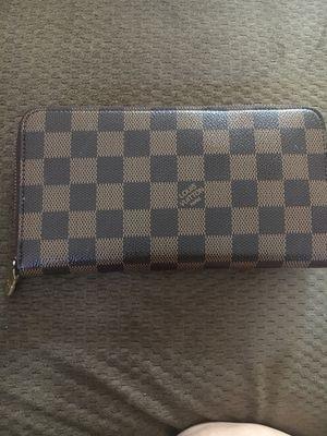Louis Vuitton wallet for Sale in Clovis, CA
