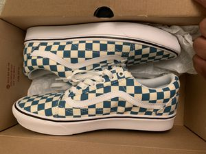 Brand new Comfycush vans for Sale in Fresno, CA